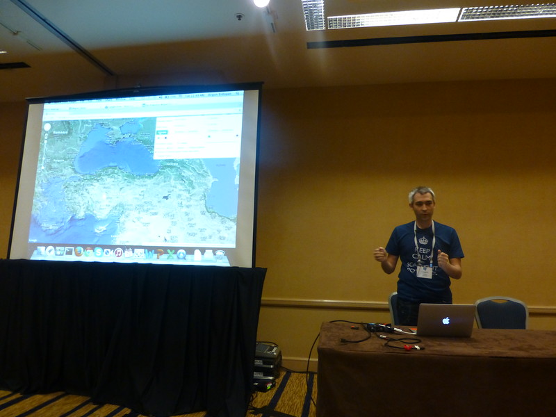 Ozgun presents pg_shard with PostGIS